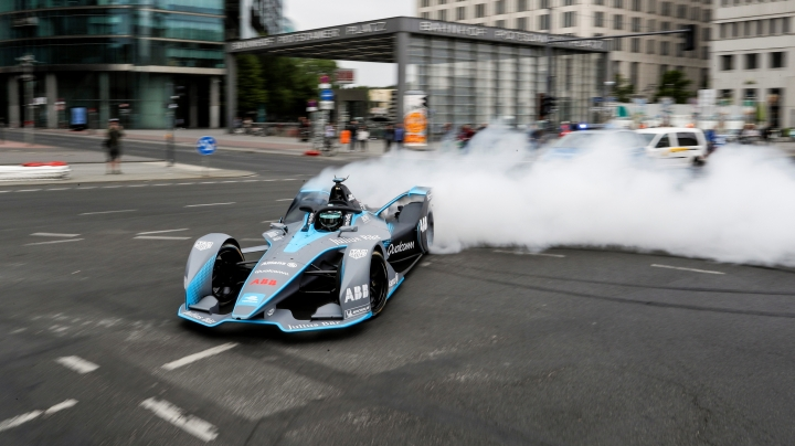 Details emerge of new 'hyperboost' for season five of Formula E